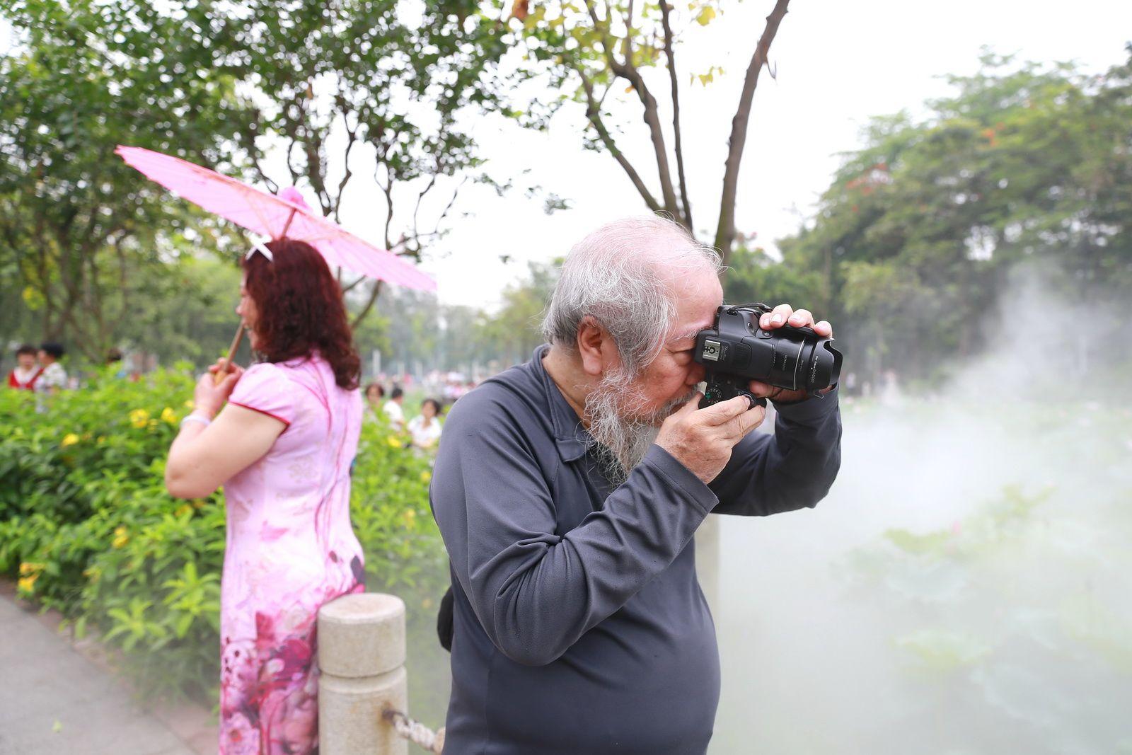 光影与梦想——我们的2017:你还记得火爆刷屏的亚艺荷园吗?