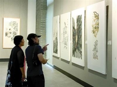 柳州市美术书法作品展北滘开幕 展至9月2日