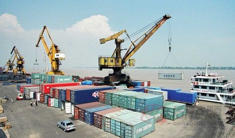 国家外汇管理局公布7月我国国际货物和服务贸易数据