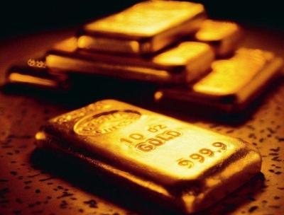 """黄金突破1300!""""中国大妈""""的购金时机又来了?"""