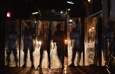 马尔代夫发布宵禁令 每晚10点半之后禁止政治集会