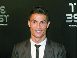 C罗再度当选葡萄牙足球先生