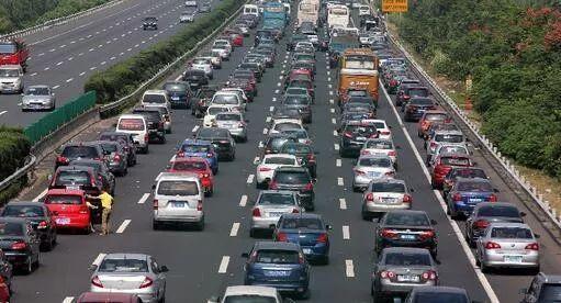 7日佛山周边部分高速及重要国道将迎假期返程高峰