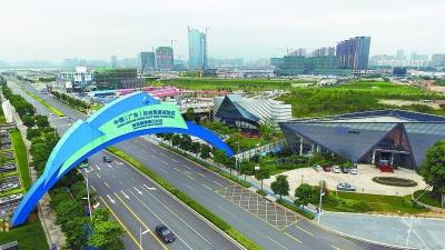 """广东自贸区深改方案2.0版发布 确立""""两区一枢纽""""新定位"""