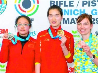 美高梅娱乐官网枪手姚雨诗出征亚运会!她的教练蔡珊也有一段亚运故事