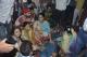 印度火车撞人致61人丧生:铁路沿线欢庆没听到列车鸣笛