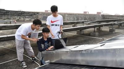 6名大三学生的三水创业梦:探索光伏电站智能化运维