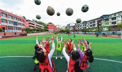 佛山三名女将入选全国青少年校园足球精英运动员集训
