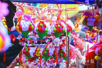 乐安花灯会吸引近10万游客