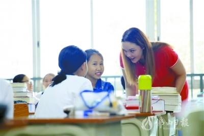 顺德一中实验学校打造特色教育 让每一位学子绽放光彩