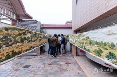 南海一巧妇花六年时间 完成22米长十字绣画卷《清明上河图》