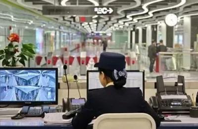 坐地铁,丢了身份证、手机、羊城通……怎么办?一招找回来!