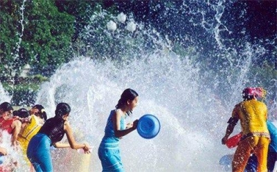 泰国泼水节来了!去泰国旅游的小伙伴要注意这些……