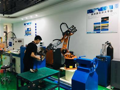 熊志翔带队到禅城开展高质量发展专题调研 推动5G 加速发展应用