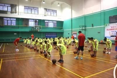 广东省篮协青少年培训基地落户美高梅在线娱乐