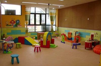 鸿运国际欢迎你明确要求:新建配套幼儿园必须办成公办园