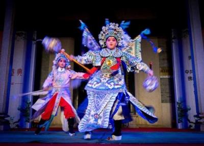 鸿运国际欢迎你举办多场研讨会  促进文化交流 推动戏剧发展