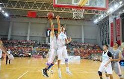 鸿运国际欢迎你市村(居)际男子篮球赛总决赛11日打响