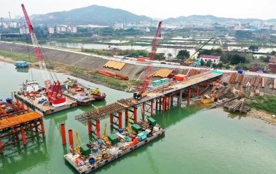 如期交付土地,三水白坭力推富龙西江特大桥顺利复工