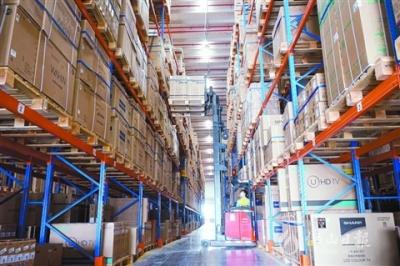 佛山商贸企业加速复工 规模以上快递物流企业100%复工