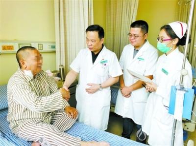 五旬患者颈动脉重度狭窄,专家妙手施术助患者康复