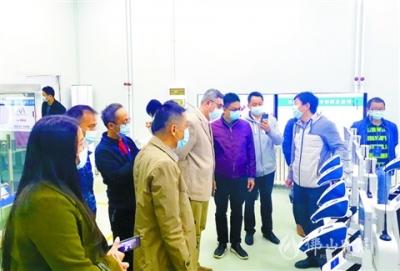 逾50名佛山企業家走進清華大學  忙對接引智聚才為創新