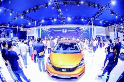 """4天销售近7200辆新车   """"五一""""佛山车展吸引13万人次观展"""